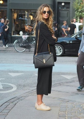 How to wear: black blazer, black culottes, beige leather low top sneakers, black quilted leather crossbody bag