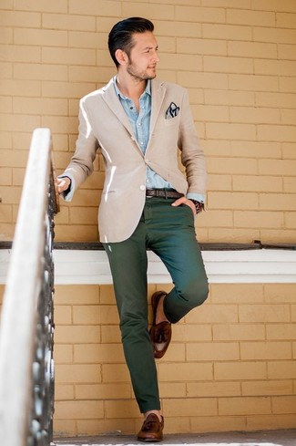 How to wear: beige blazer, light blue denim shirt, dark green chinos, brown leather tassel loafers