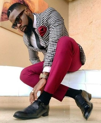 Go for a black and white gingham blazer and a Kenzo Abstract Tiger Watch if you're going for a neat, stylish look. Look at how well this look is complemented with black leather loafers. What an exciting pick for spring and summer!