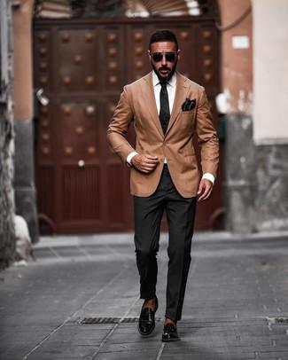 How to wear: tan blazer, black dress pants, black leather loafers, black silk tie