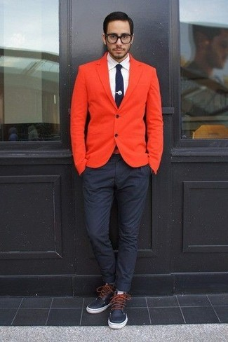 How to wear: orange blazer, white dress shirt, navy chinos, navy leather casual boots
