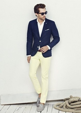 How to wear: navy blazer, white dress shirt, yellow chinos, grey leather boat shoes