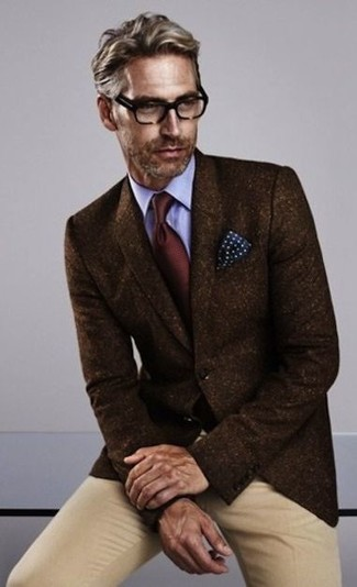 How to wear: dark brown wool blazer, light blue dress shirt, khaki chinos, burgundy tie