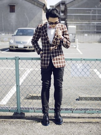 How to wear: brown check blazer, white dress shirt, black chinos, black leather desert boots