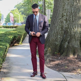 Such items as a dark brown check blazer and Topman men's Burgundy Wax Coated Wide Leg Chinos are the perfect way to infuse extra refinement into your daily routine. A pair of burgundy leather loafers will seamlessly integrate within a variety of looks. This combination is truly a lesson in how to dress for extremely hot sunny weather.