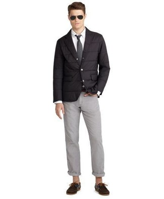 How to wear: black quilted blazer, white dress shirt, grey chinos, dark brown suede boat shoes