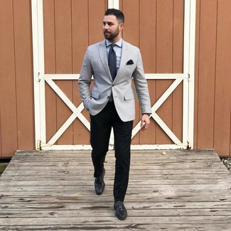 How to wear: grey blazer, grey dress shirt, black chinos, black leather derby shoes