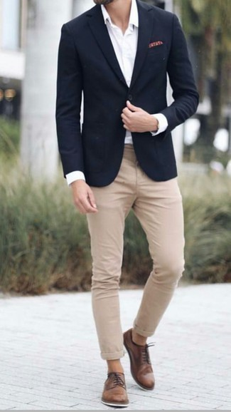 How to Wear Black No Show Socks For Men: Look fabulous without exerting much effort by wearing a black blazer and black no show socks. Brown leather derby shoes are a fail-safe way to bring an extra touch of style to your getup.
