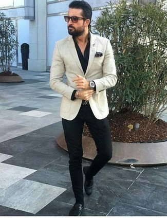 How to Wear a Black Dress Shirt For Men: This combination of a black dress shirt and black chinos looks put together and instantly makes you look cool. A pair of black leather loafers effortlessly classes up the outfit.