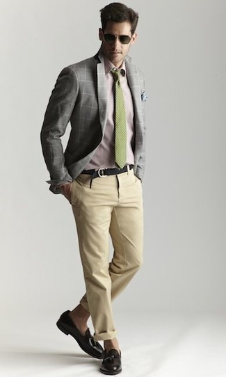 Beige Chinos Outfits: If the dress code calls for a casually classic outfit, you can opt for a grey check blazer and beige chinos. To bring a little classiness to this look, complement your look with a pair of black leather tassel loafers.