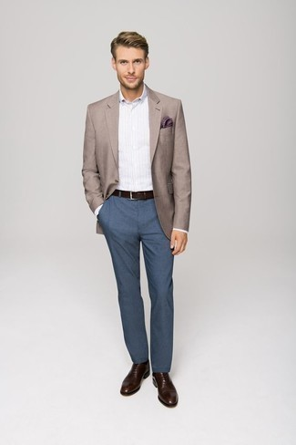 Dark Brown Leather Belt Outfits For Men: Inject a laid-back touch into your daily rotation with a tan blazer and a dark brown leather belt. Ramp up the dressiness of this outfit a bit by slipping into a pair of dark brown leather oxford shoes.