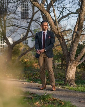 Khaki Chinos Outfits: This ensemble with a navy and green plaid blazer and khaki chinos isn't hard to put together and leaves room to more experimentation. Add tobacco leather desert boots to the equation and the whole look will come together.