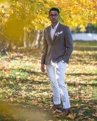 Men's Brown Plaid Wool Blazer, White Dress Shirt, White Chinos, Brown Leather Desert Boots