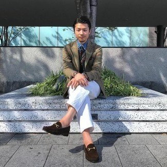 White Chinos Outfits: Pairing a tan houndstooth blazer with white chinos is a good option for an effortlessly smart look. If you want to instantly perk up your outfit with a pair of shoes, complete this outfit with a pair of dark brown suede loafers.