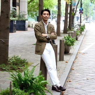 Olive Check Wool Blazer Outfits For Men: Go for an olive check wool blazer and white chinos to create an effortlessly stylish and modern-looking outfit. A pair of dark brown leather loafers effortlessly ramps up the style factor of your outfit.