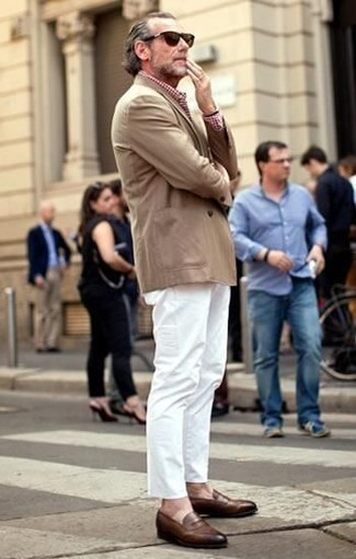 Brown Leather Loafers Outfits For Men: A smart casual combo of a tan blazer and white chinos is fitting in plenty of circumstances. Balance your look with a sleeker kind of shoes, such as these brown leather loafers.