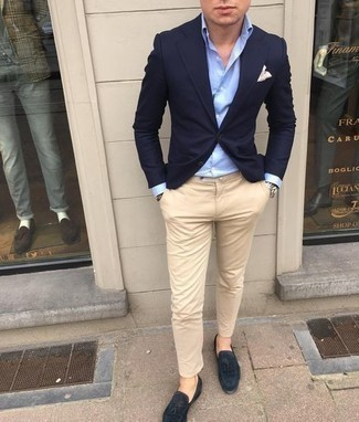 Navy Blazer Outfits For Men: A navy blazer looks so effortlessly neat when combined with beige chinos. If you want to feel a bit more elegant now, grab a pair of navy suede tassel loafers.
