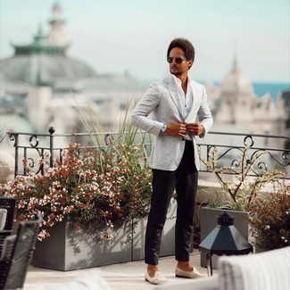 Dark Green Sunglasses Outfits For Men: For a casually cool ensemble, marry a grey plaid blazer with dark green sunglasses — these two items play pretty good together. Balance this look with a more refined kind of footwear, like these beige suede loafers.