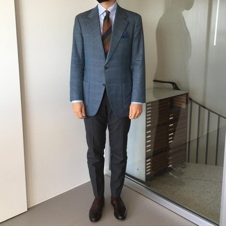 1200+ Smart Casual Outfits For Men: This look with a navy plaid blazer and charcoal chinos isn't so hard to assemble and easy to adapt throughout the day. Why not complement this outfit with a pair of dark brown leather loafers for an air of refinement?