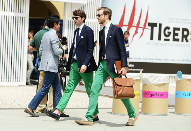 How To Wear a Navy Blazer With Green Pants | Men's Fashion