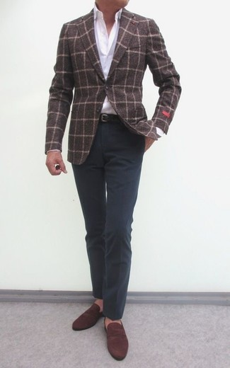 For a smart casual outfit, wear a dark brown check wool blazer and a black leather belt — these two pieces fit pretty good together. A pair of brown suede loafers will seamlessly integrate within a variety of looks. Keep this look in your front hall closet when warmer days are here, and we promise you'll save a ton of time brainstorming for an ensemble on more than one occasion.