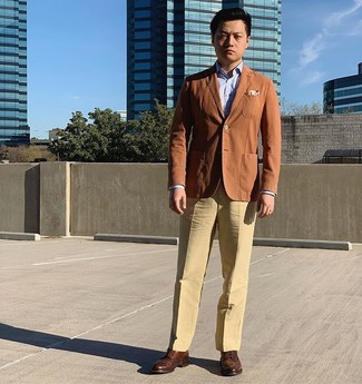 How to wear: tobacco blazer, light blue dress shirt, khaki dress pants, brown leather brogues