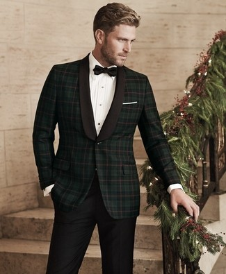 How to Wear a Black Bow-tie For Men: A dark green plaid blazer and a black bow-tie are a street style combo that every stylish man should have in his casual styling rotation.