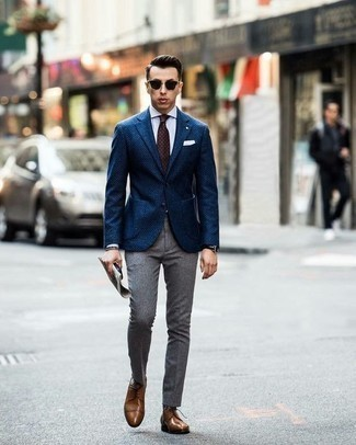 Dark Brown Bracelet Outfits For Men: A navy blazer and a dark brown bracelet are a great combination worth integrating into your daily casual lineup. Finishing with a pair of brown leather derby shoes is an effective way to give an added touch of class to this ensemble.
