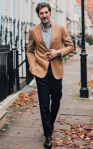 How to Wear a Tan Blazer For Men: A tan blazer and navy wool dress pants are absolute must-haves if you're picking out a sophisticated wardrobe that matches up to the highest menswear standards. Black leather derby shoes serve as the glue that will bring this outfit together.