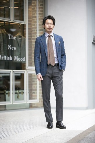 Blue Blazer with Grey Dress Pants Outfits For Men: Consider pairing a blue blazer with grey dress pants to look like a true fashion connoisseur. Our favorite of a countless number of ways to complement this look is with a pair of black leather loafers.