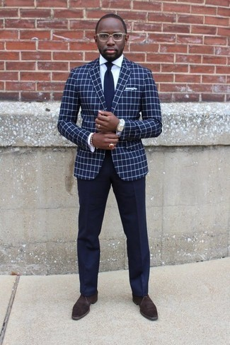 How to Wear a Navy Check Blazer For Men: This combo of a navy check blazer and navy dress pants is really sharp and provides a clean and crisp look. For something more on the daring side to round off this look, complete this outfit with a pair of dark brown suede desert boots.