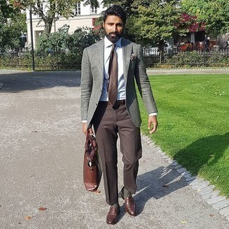 Dark Brown Dress Pants Outfits For Men: A grey blazer and dark brown dress pants are a truly stylish ensemble to try. On the footwear front, this look pairs nicely with brown leather loafers.