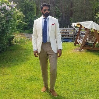 Khaki Dress Pants Outfits For Men: This elegant pairing of a white blazer and khaki dress pants is a common choice among the dapper chaps. Tan canvas espadrilles will bring an easy-going feel to this outfit.