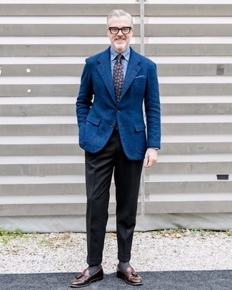 Black Wool Dress Pants Outfits For Men: Consider pairing a blue wool blazer with black wool dress pants if you're aiming for a proper, trendy outfit. When it comes to shoes, this ensemble pairs well with brown leather tassel loafers.