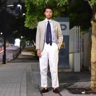 Navy and White Polka Dot Tie Outfits For Men: Go all out in a beige blazer and a navy and white polka dot tie. Introduce dark brown suede tassel loafers to the mix et voila, the outfit is complete.