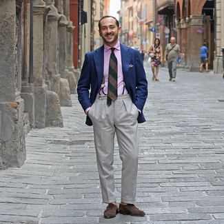 Brown Suspenders Outfits: A navy blazer looks especially cool when paired with brown suspenders in a casual outfit. Infuse this outfit with an added dose of sophistication by finishing with dark brown suede double monks.