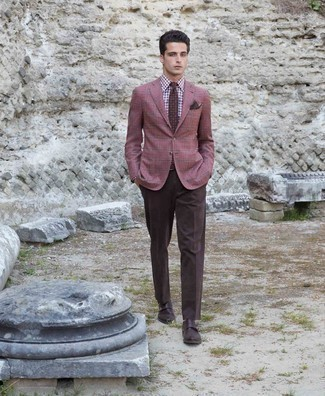Dark Brown Pocket Square Outfits: Go for a simple yet casually stylish option by marrying a burgundy plaid blazer and a dark brown pocket square. Add dark brown leather double monks to the equation to instantly shake up the look.