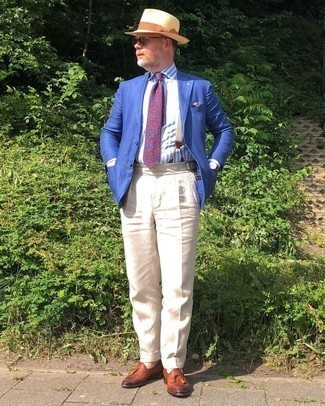 Suspenders Outfits: Go for a straightforward but at the same time casually cool choice in a blue blazer and suspenders. Bump up the formality of this outfit a bit by rocking a pair of tobacco leather tassel loafers.