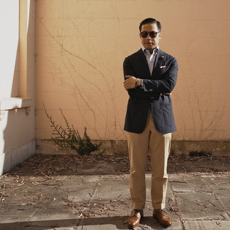 Khaki Dress Pants Outfits For Men: Putting together a black blazer and khaki dress pants will prove your outfit coordination prowess. If you're hesitant about how to finish, a pair of brown leather derby shoes is a great idea.