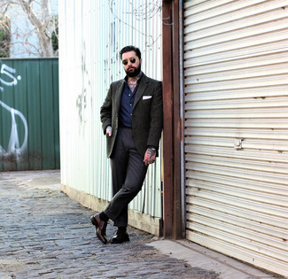 Dark Brown Leather Derby Shoes Outfits: A dark green wool blazer and charcoal dress pants are among the unshakeable foundations of a versatile closet. The whole look comes together when you introduce a pair of dark brown leather derby shoes to the mix.
