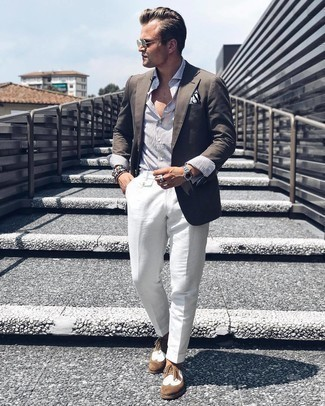 Olive Sunglasses Outfits For Men: A dark brown blazer looks so nice when paired with olive sunglasses in a laid-back look. Go ahead and throw brown suede brogues into the mix for an added touch of class.