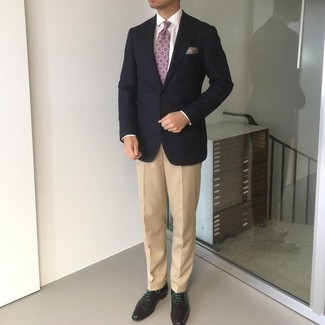 Khaki Dress Pants Outfits For Men: Team a black blazer with khaki dress pants if you're going for a clean, sharp ensemble. Complement your outfit with a pair of black leather oxford shoes et voila, your outfit is complete.