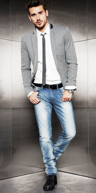 Grey Blazer with Blue Jeans Outfits For Men: For casual sophistication with a rugged twist, consider pairing a grey blazer with blue jeans. Black leather casual boots are sure to leave the kind of impression you want to give.