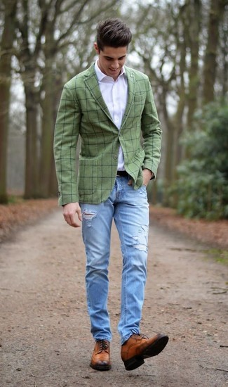 How to wear: olive check blazer, white dress shirt, light blue ripped jeans, brown leather brogues