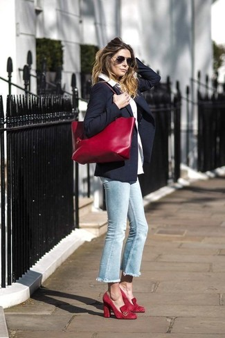 How to wear: navy blazer, white dress shirt, light blue jeans, red suede pumps