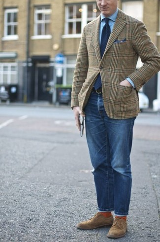 How to wear: olive plaid wool blazer, light blue dress shirt, blue jeans, brown suede derby shoes