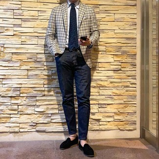 How to wear: beige gingham blazer, white dress shirt, navy jeans, black suede tassel loafers
