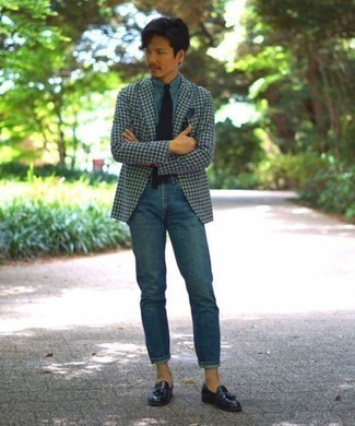 How to Wear a Blue Dress Shirt For Men: If the occasion calls for a casually classic look, you can rock a blue dress shirt and blue jeans. Navy leather tassel loafers will instantly spruce up even the laziest of ensembles.