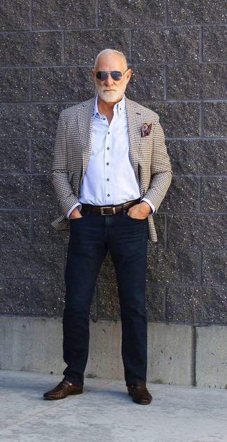 How to Wear Dark Brown Leather Loafers For Men: A beige check blazer and navy jeans paired together are a match made in heaven for guys who prefer laid-back and cool looks. You can take a more elegant route with footwear with a pair of dark brown leather loafers.
