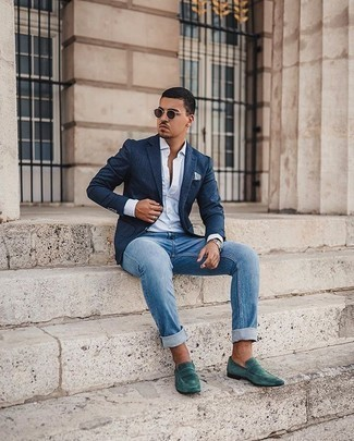 Blue Jeans Outfits For Men: A navy blazer and blue jeans are absolute wardrobe heroes if you're figuring out a refined wardrobe that holds to the highest style standards. Take this ensemble in a more elegant direction by finishing off with dark green suede loafers.
